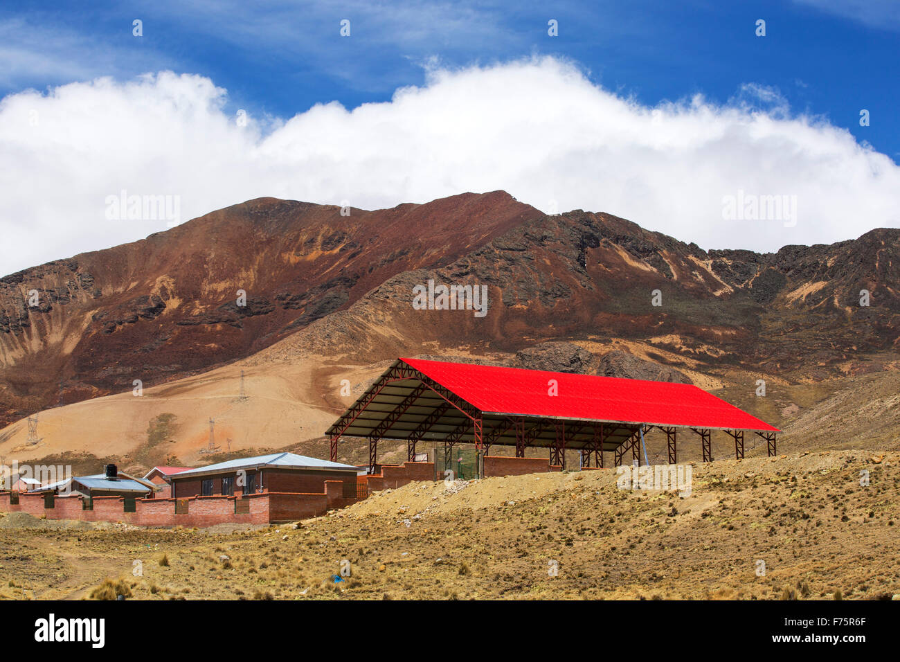 Looking over the Altiplano to a ranch near La Paz in Bolivia. - Stock Image