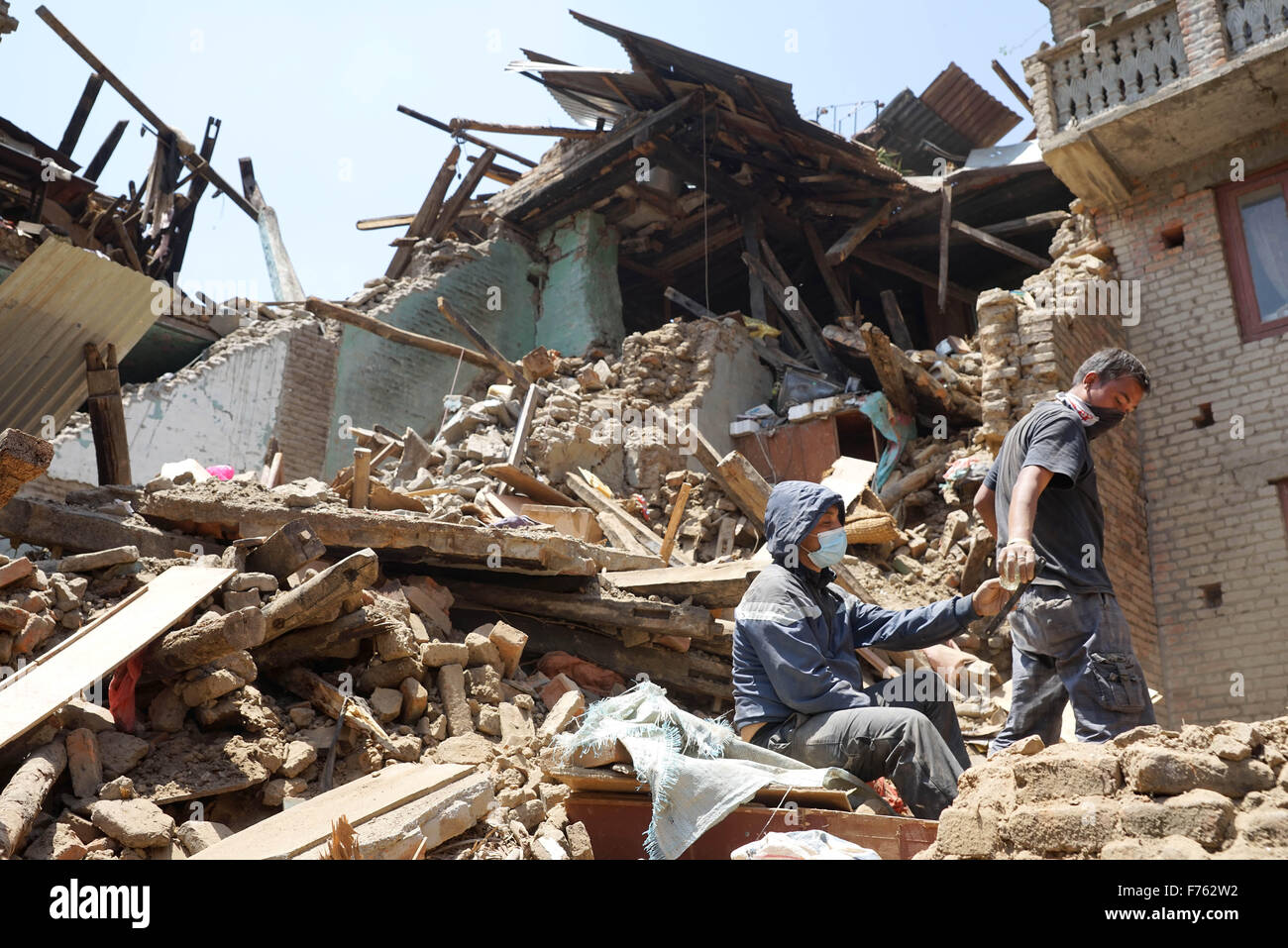 Gorkha earthquake 2015 people trying to find things from rubble, nepal, asia - asb 193661 - Stock Image