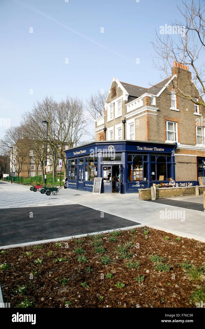 London F Cafe Bay Street