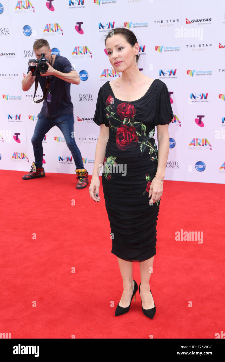 Sydney, Australia. 26 November 2015. Don Arnold of Getty Images takes a photo of Tina Arena as she arrives on the - Stock Image