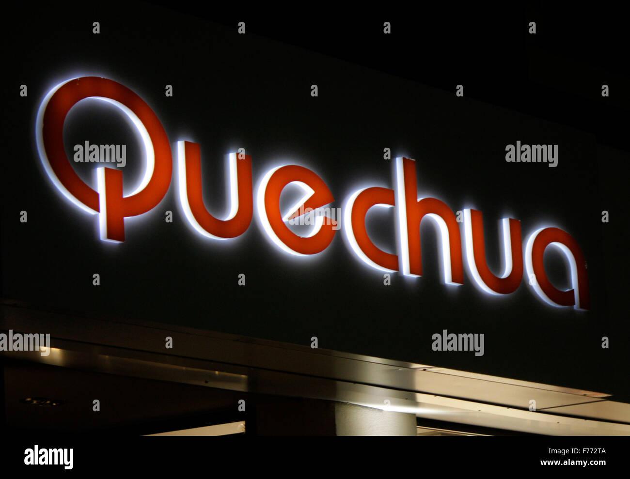 Markennamen: 'Quechua', Chamonix, Frankrfeich. - Stock Image