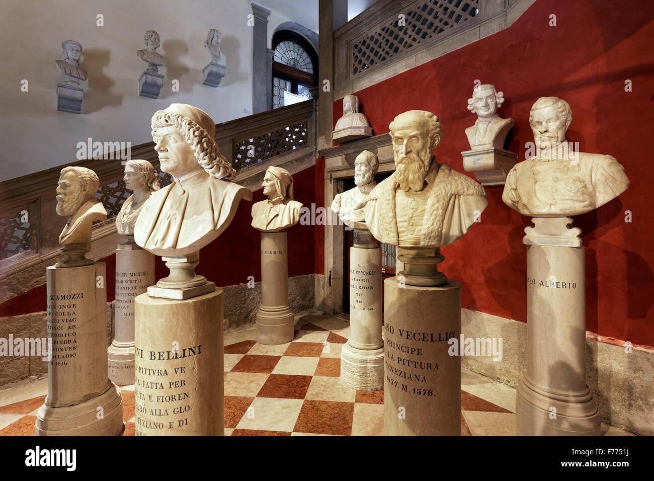 Busts of famous Venetian painters and Italian poets, Instituto di Scienze Lettere ed Arti Venete, Campo Morosini, - Stock Image