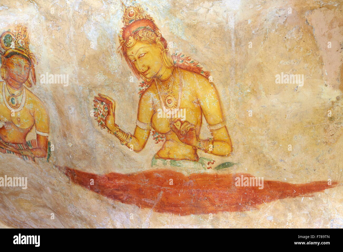 Sri Lanka - Sigiriya, ancient frescoes at cave wall inside Sigiriya ...