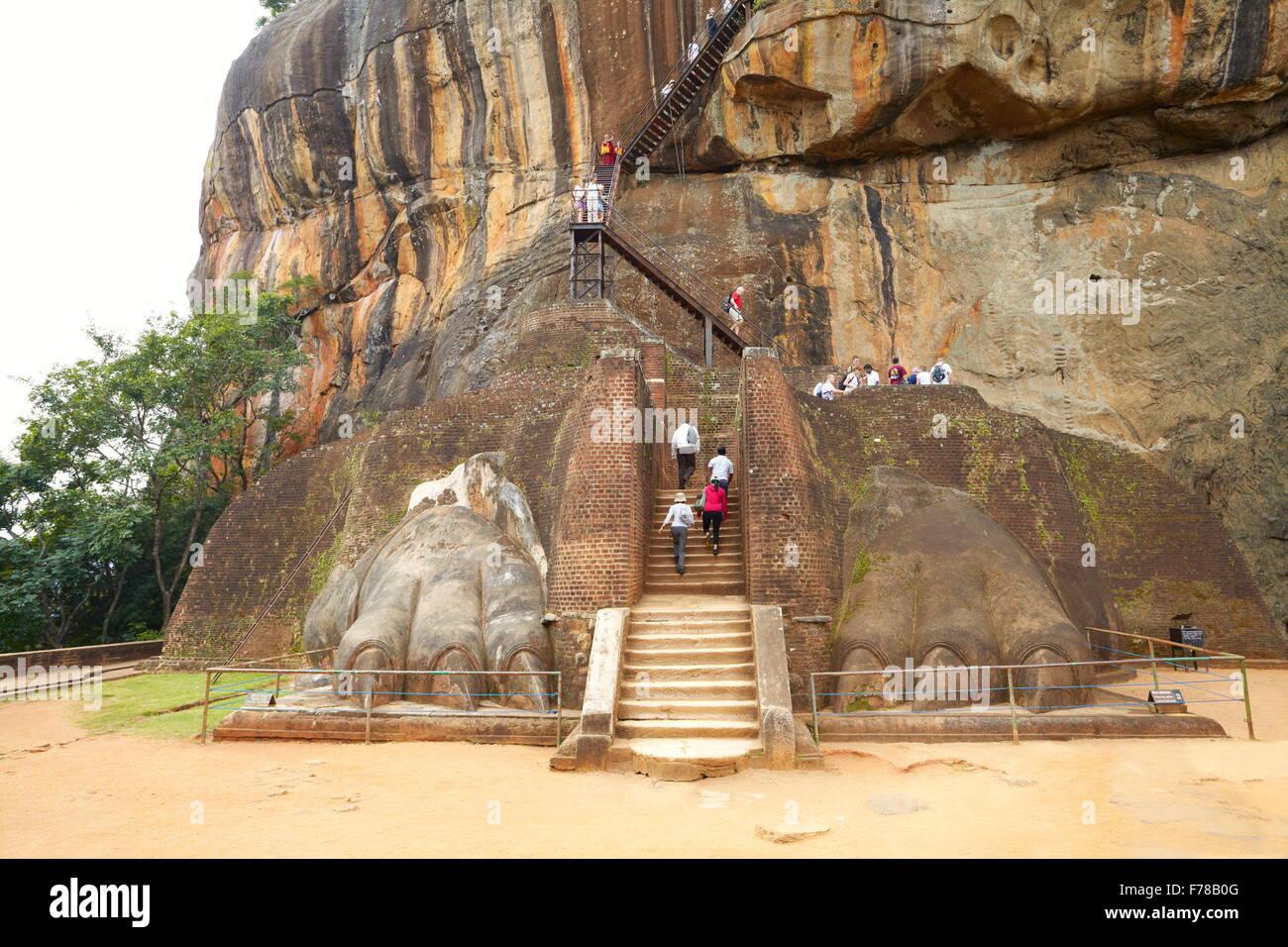 Sri Lanka - Sigiriya, Lion's Gate, ancient fortress, UNESCO World Heritage Site - Stock Image