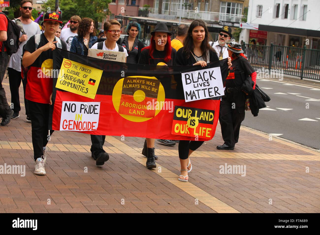 Sydney, Australia. 27th November, 2015. Protesters from the #sosblakaustralia movement rallied outside the Australian - Stock Image