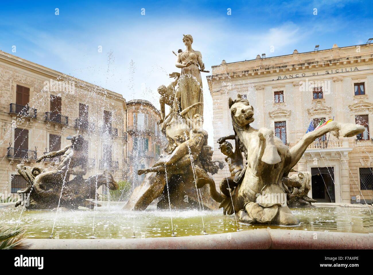 Diana fountain (Fontana di Diana) on the Archimede Square, Ortigia, Syracuse, Sicily, Italy, UNESCO - Stock Image