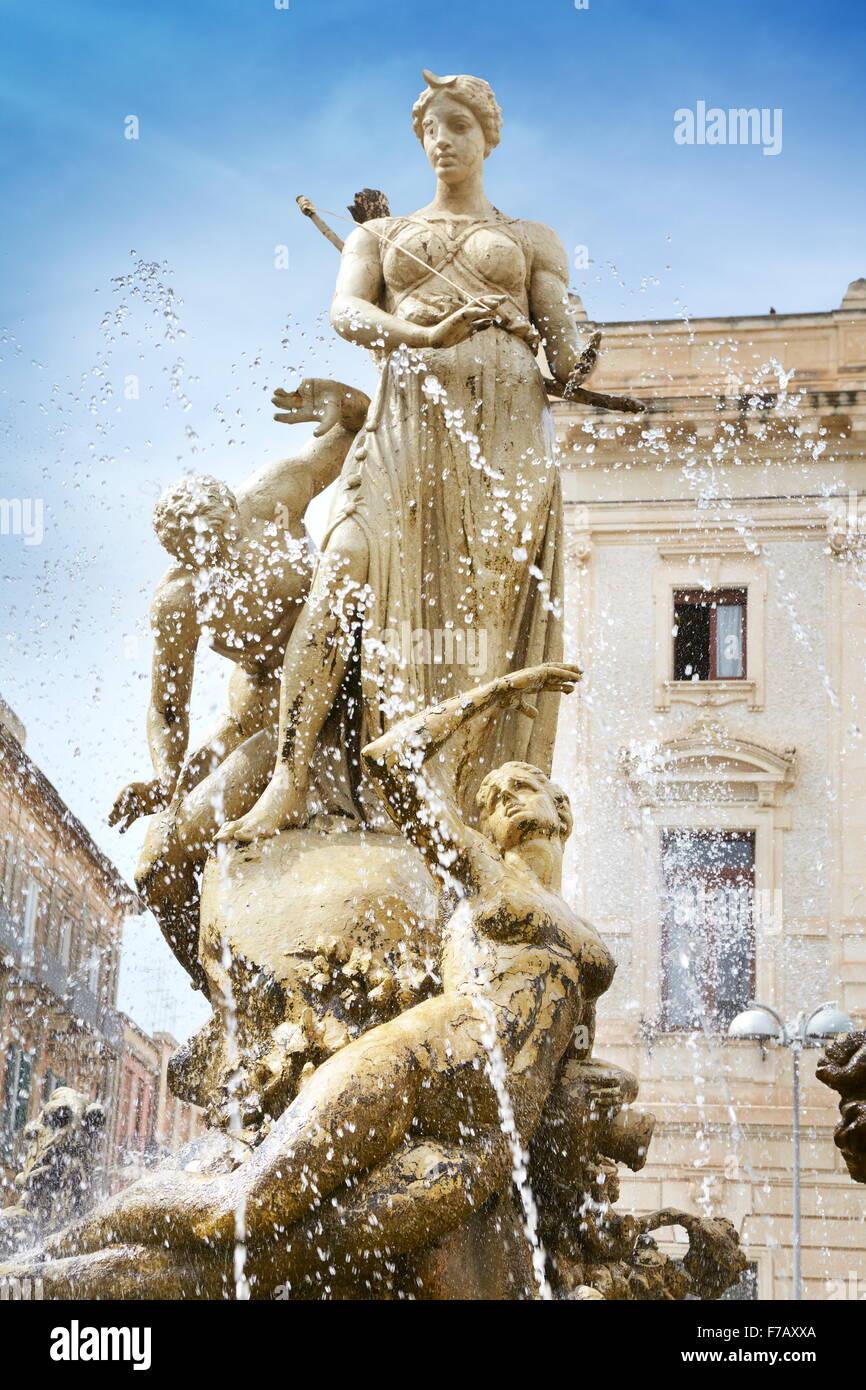 Diana fountain (Fontana di Diana) on the Archimede Square, Ortigia, Syracuse, Sicily, Italy UNESCO - Stock Image