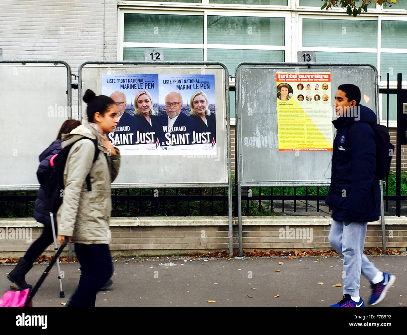 Paris. 26th Nov, 2015. Photo taken on Nov. 26, 2015, shows posters of candidates running for the upcoming regional - Stock Image