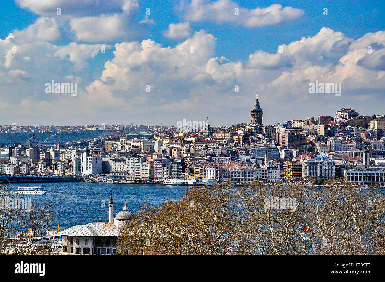View of Galata and Golden Horn bay from Topkapi Palace on a beautiful day - Stock Image
