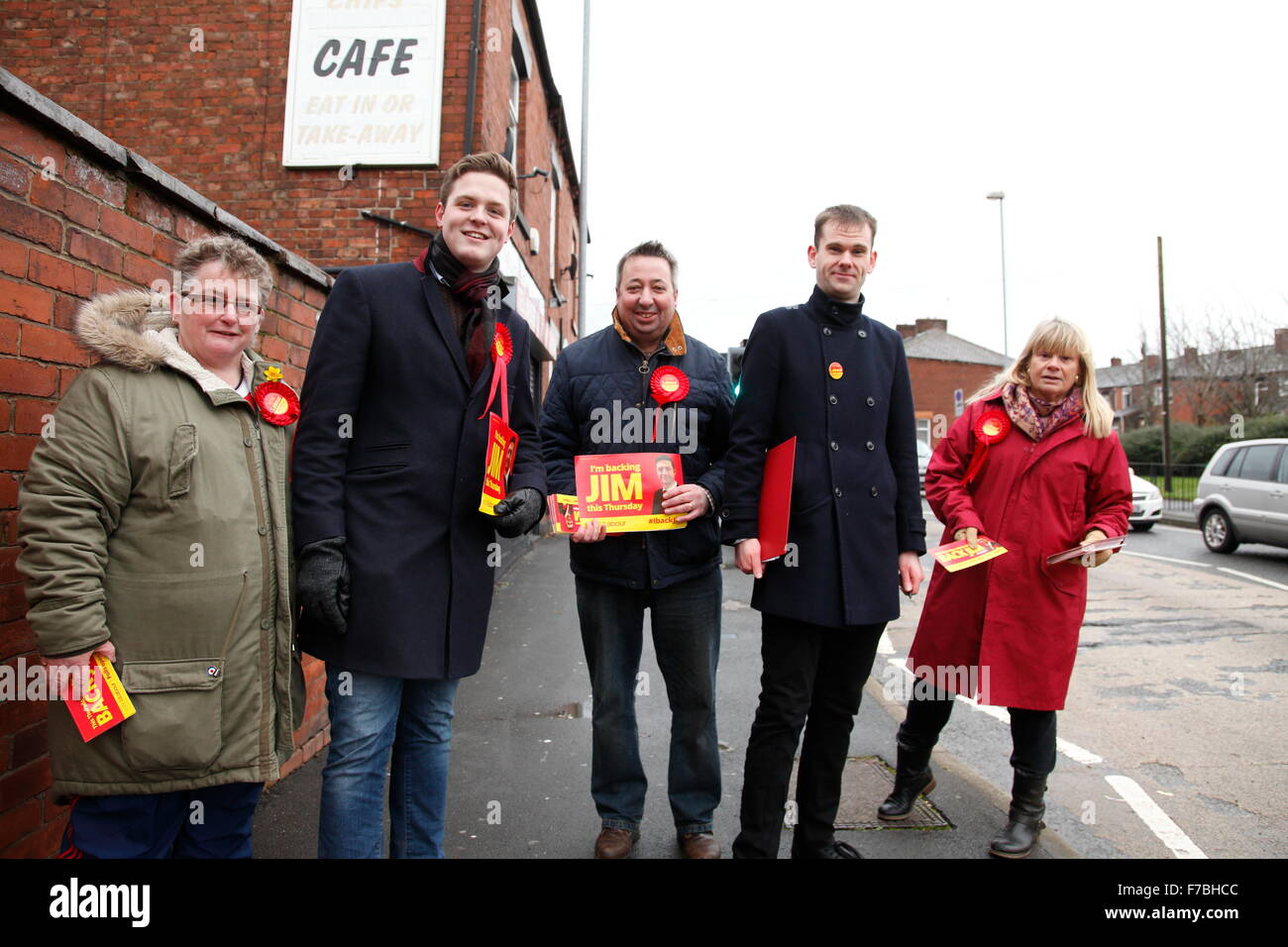 Canvassers for The Labour Party take a break from working door to door in Oldham in the run up to the parliamentary by-election in the Oldham West ...  sc 1 st  Alamy & Oldham UK 28th November 2015. Canvassers for The Labour Party take ...