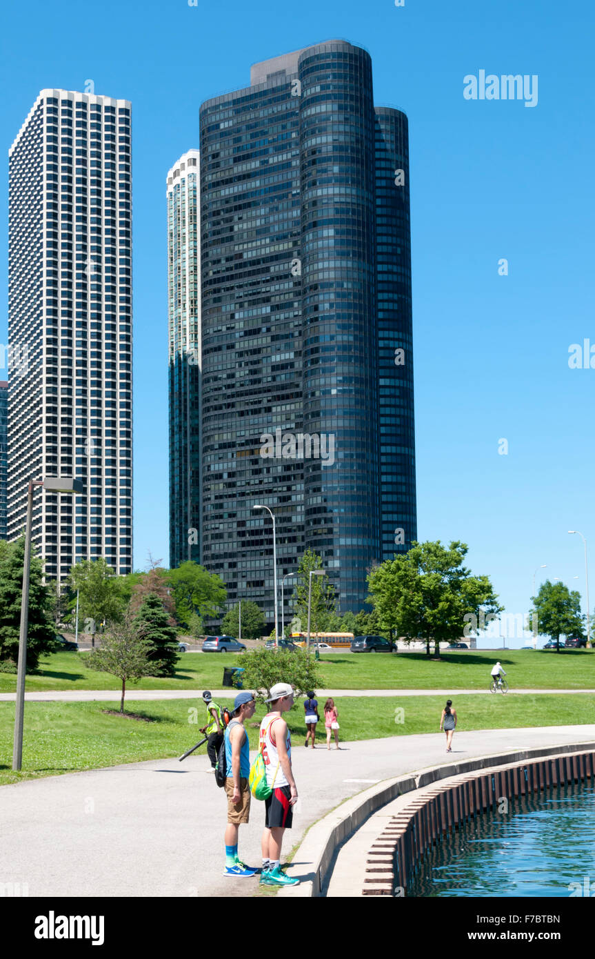 Harbor Point Condominium overlooking Lake Michigan, Chicago. - Stock Image