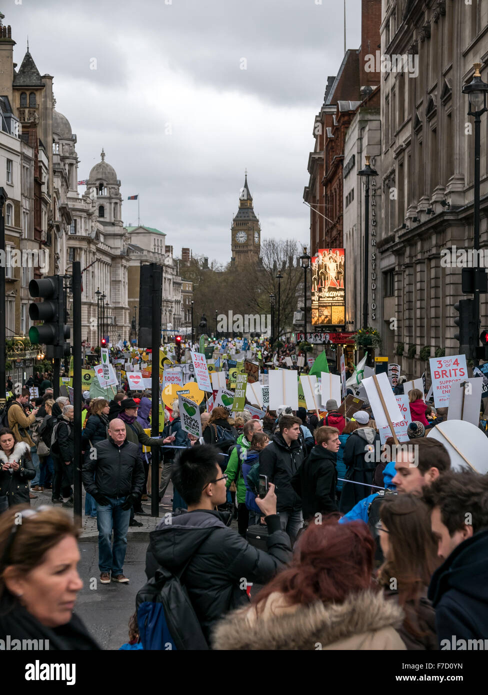 London, UK. 29th November, 2015. Police estimate 15,000 people attended the climate change ralley in central London. - Stock Image