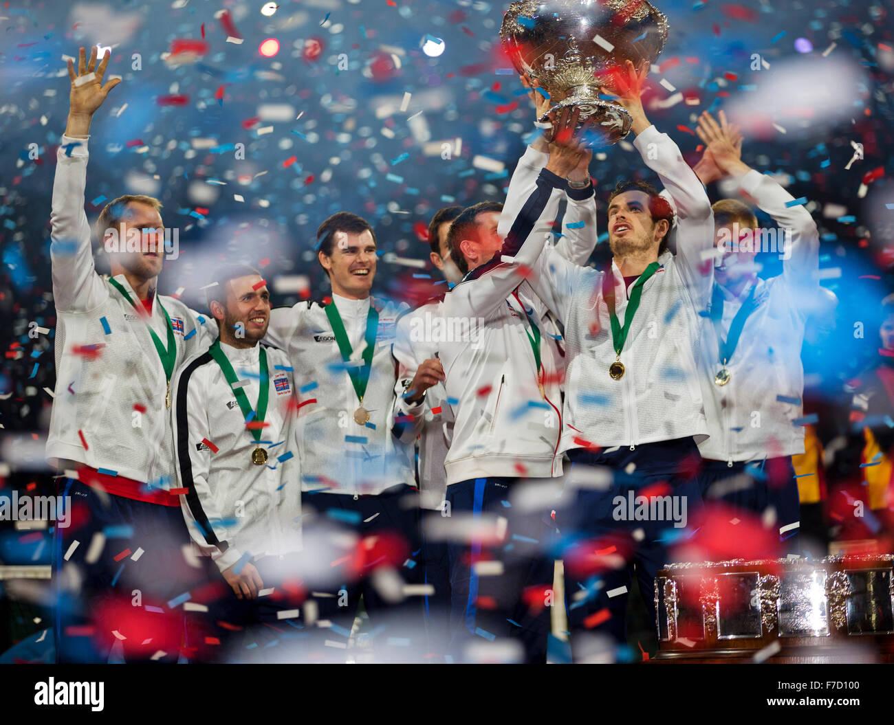 Gent, Belgium, November 29, 2015, Davis Cup Final, Belgium-Great Britain, day three, Andy Murray (GBR) lifts the - Stock Image