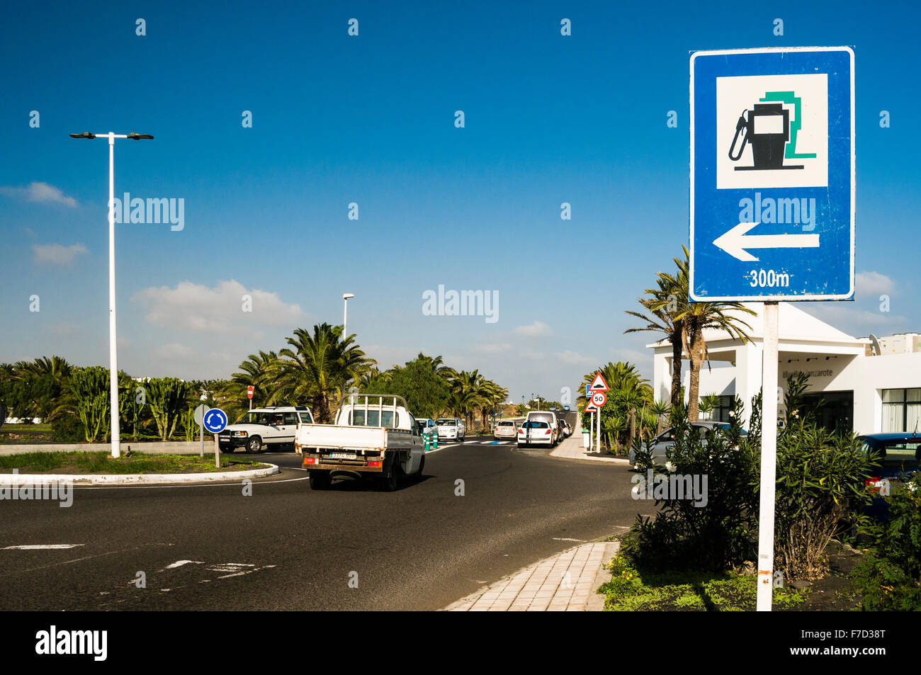 Nearest Fuel Station >> Filling Station Sign Station Road Stock Photos Filling