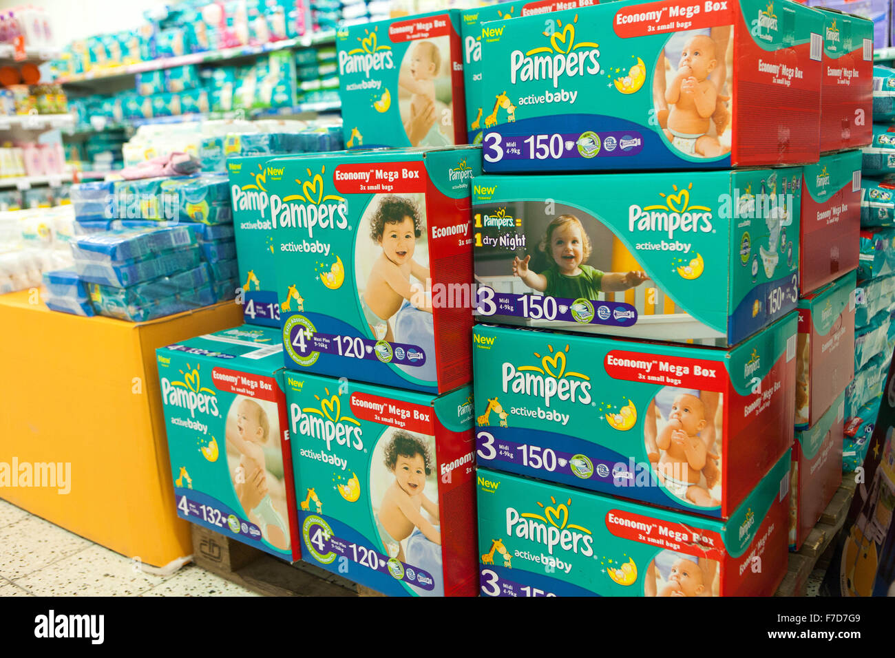 Diapers Box Stock Photos & Diapers Box Stock Images - Alamy