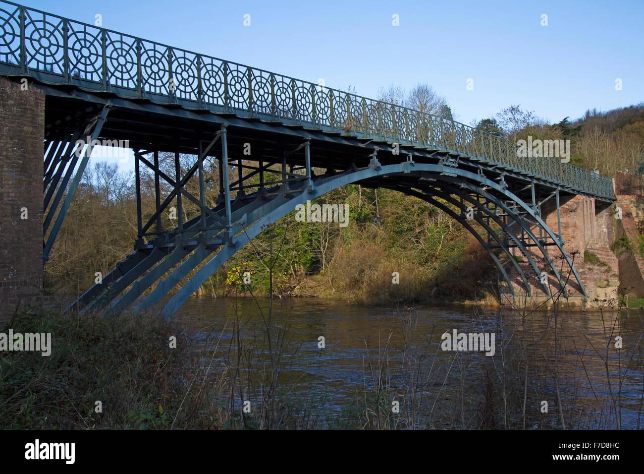 The Coalport Bridge, over the River Severn, in Shropshire, England. The bridge dates from 1818, the original built - Stock Image