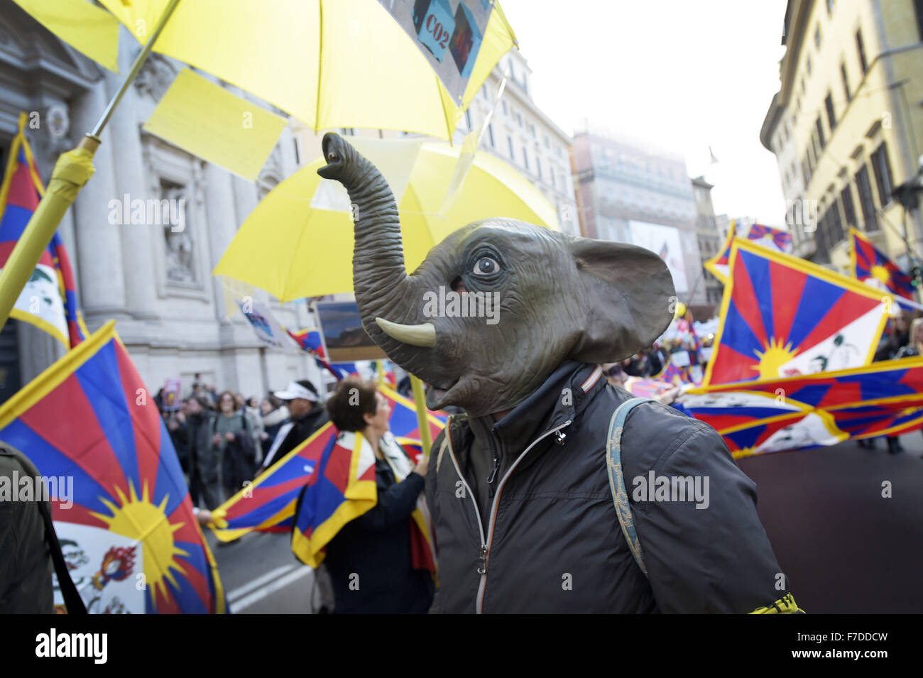 Nov. 29, 2015 - Europe, Italy, Rome, november 29, 2015 :Demonstrators march during a rally calling for action on - Stock Image