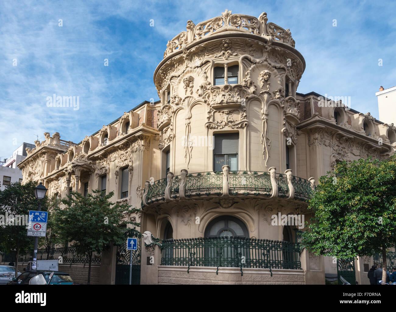 The Art Nouveau Palacio Longora, architect Jose Grases Riera, built 1902-4, Calle de Fernando VI, Alonso Martinez, Stock Photo