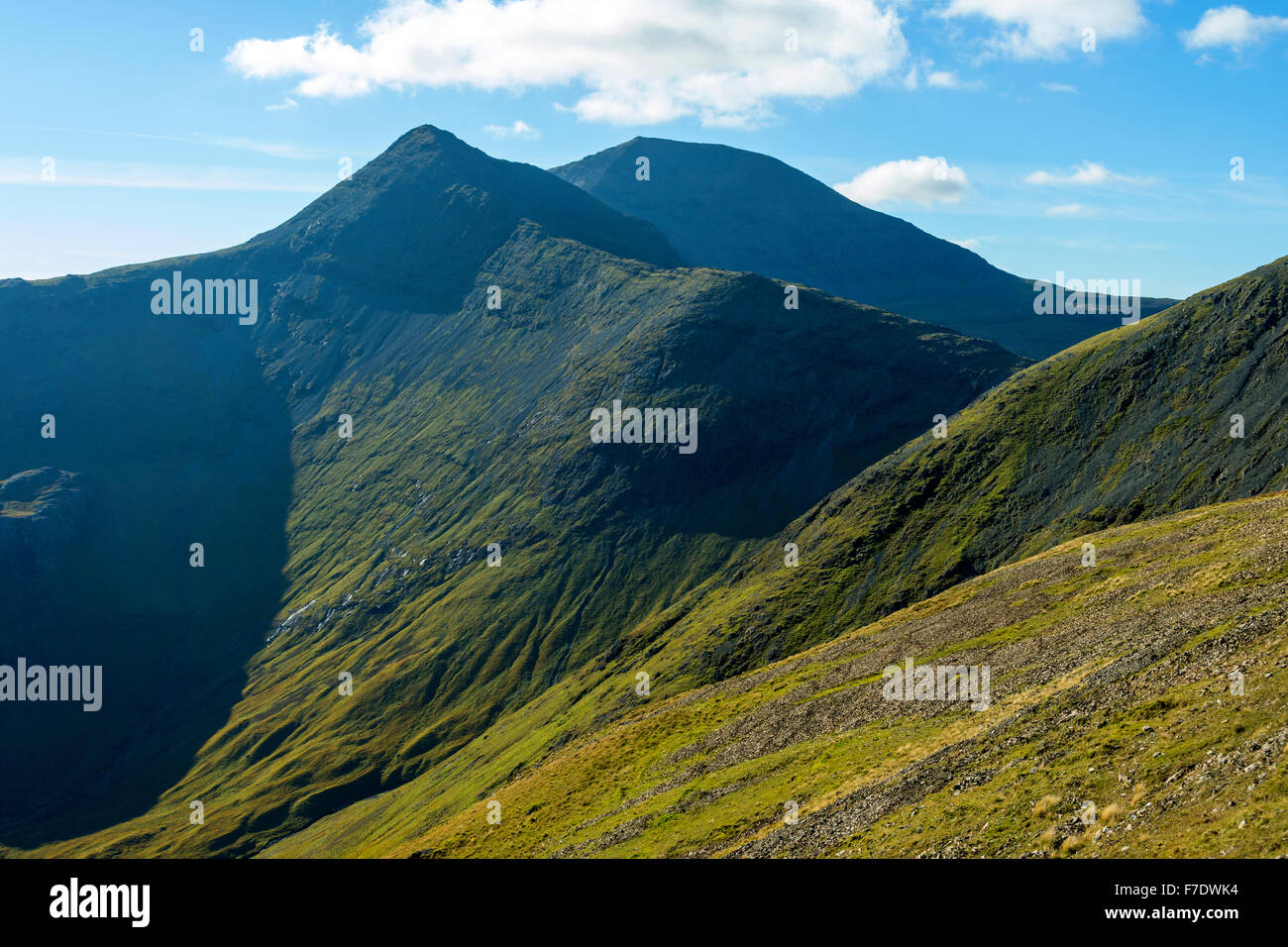 A' Chioch and Ben More from the ridge to An Cruachan on the east ridge of Beinn Fhada, Isle of Mull, Argyll - Stock Image