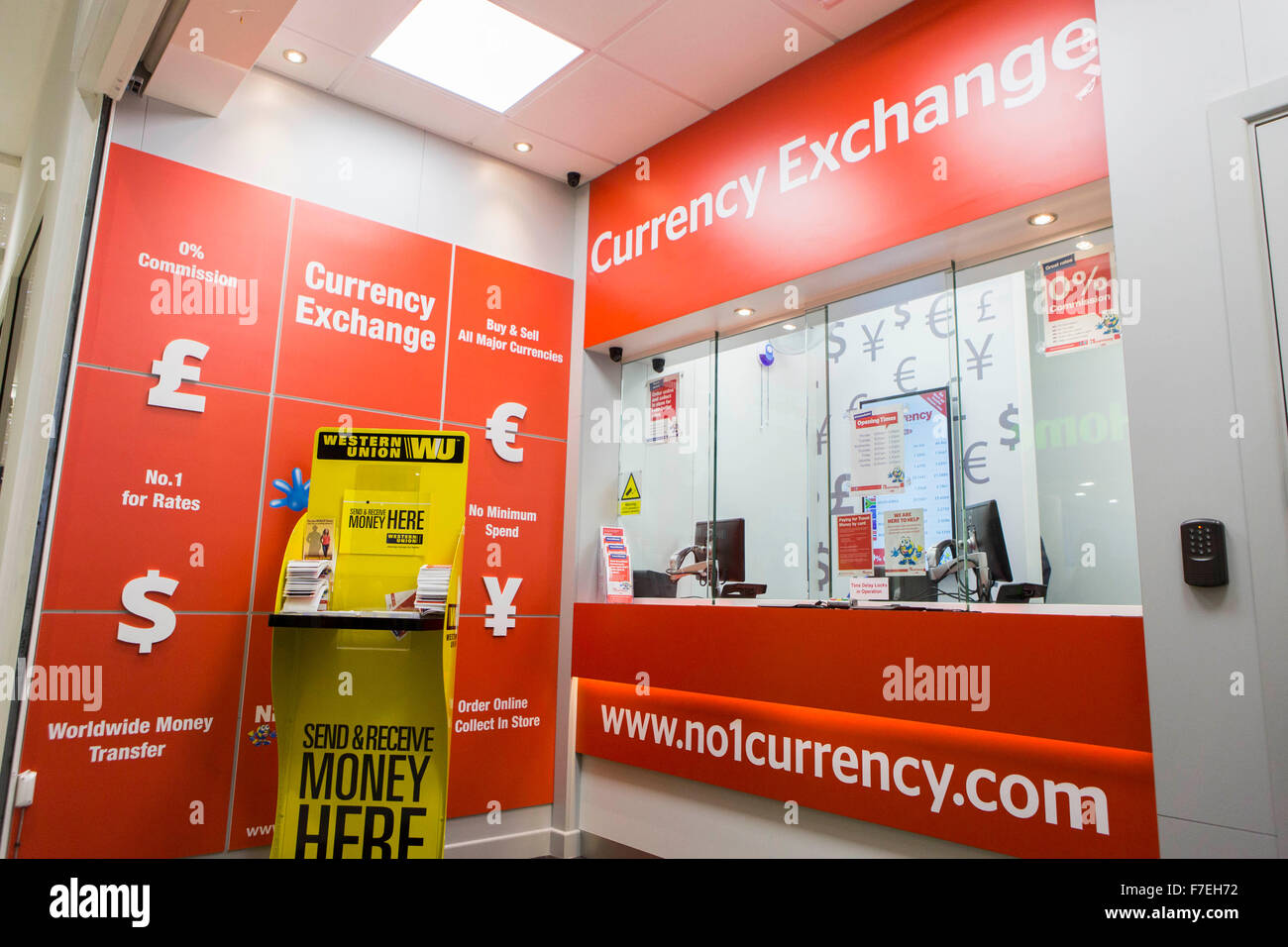 Currency Exchange Stock Photos Amp Currency Exchange Stock Images Alamy