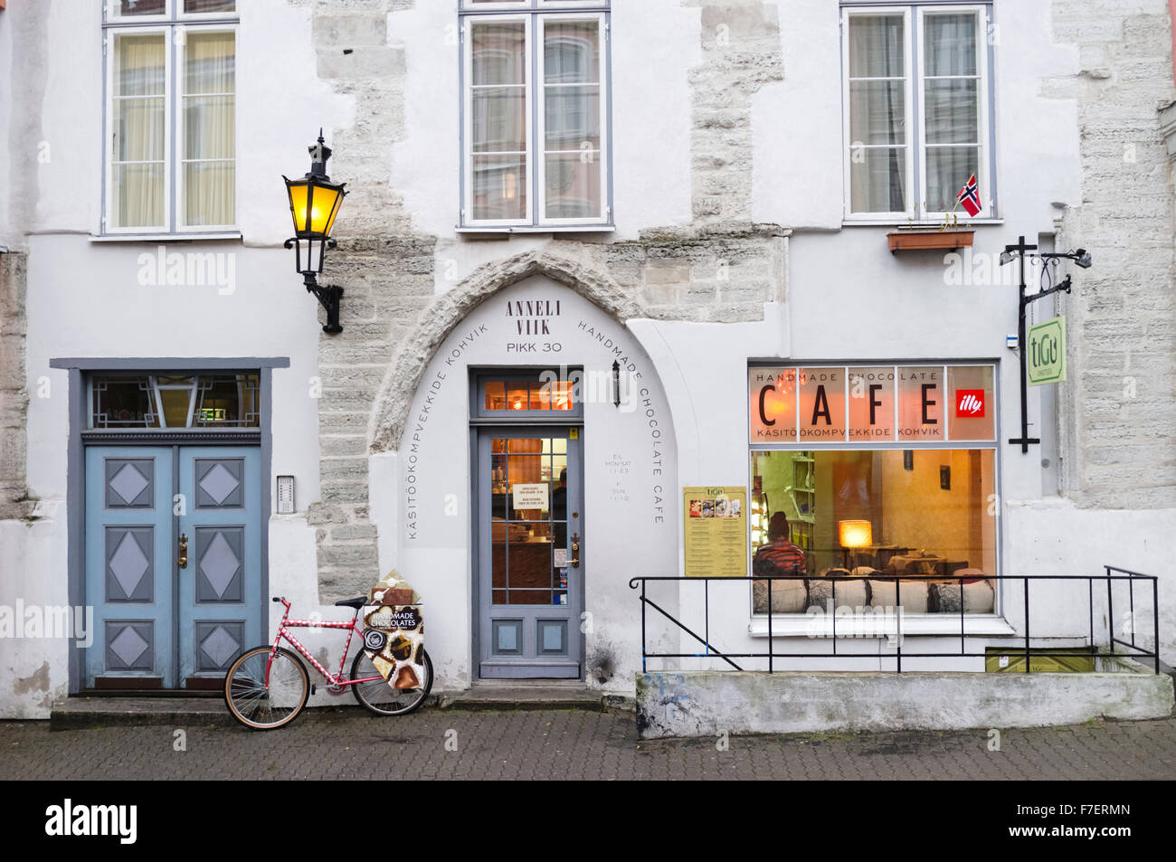 Anneli Viik Chocolate Cafe in the Old Town of Tallinn, Estonia - Stock Image