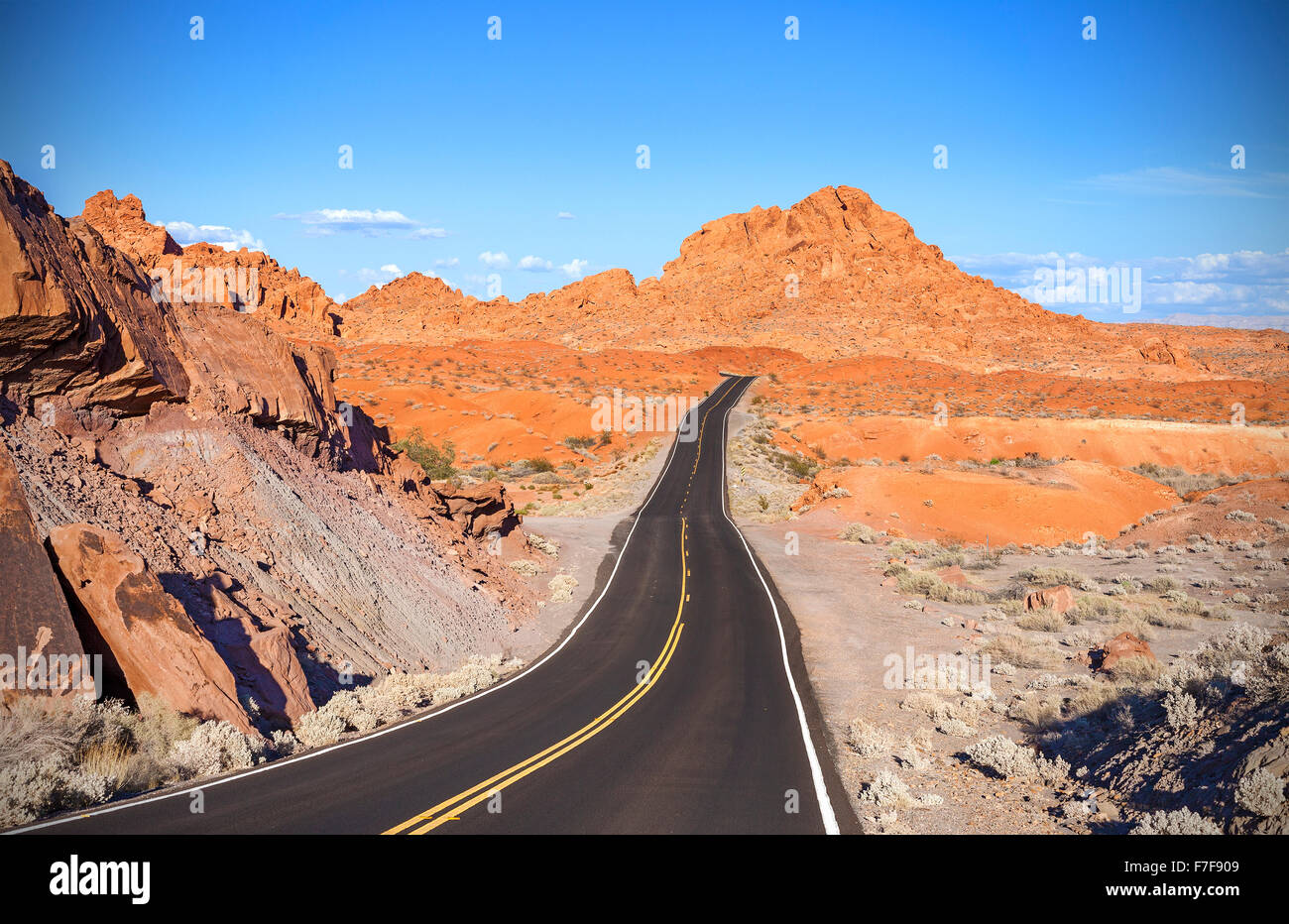 Winding desert highway, travel adventure concept, Valley of Fire State Park, Nevada, USA. - Stock Image