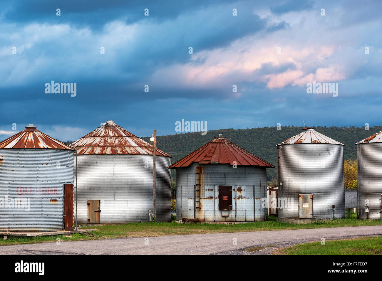 Storage silos, Pennsylvania, USA - Stock Image
