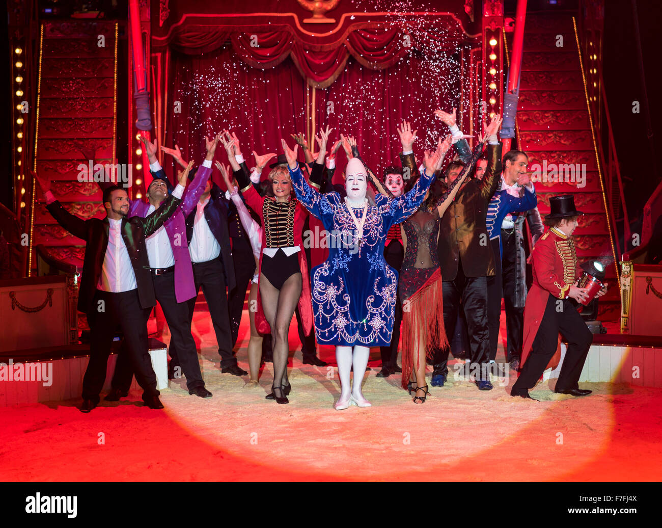 Artists of the Roncalli Circus perform their show 'Salto Vitale'. - Stock Image