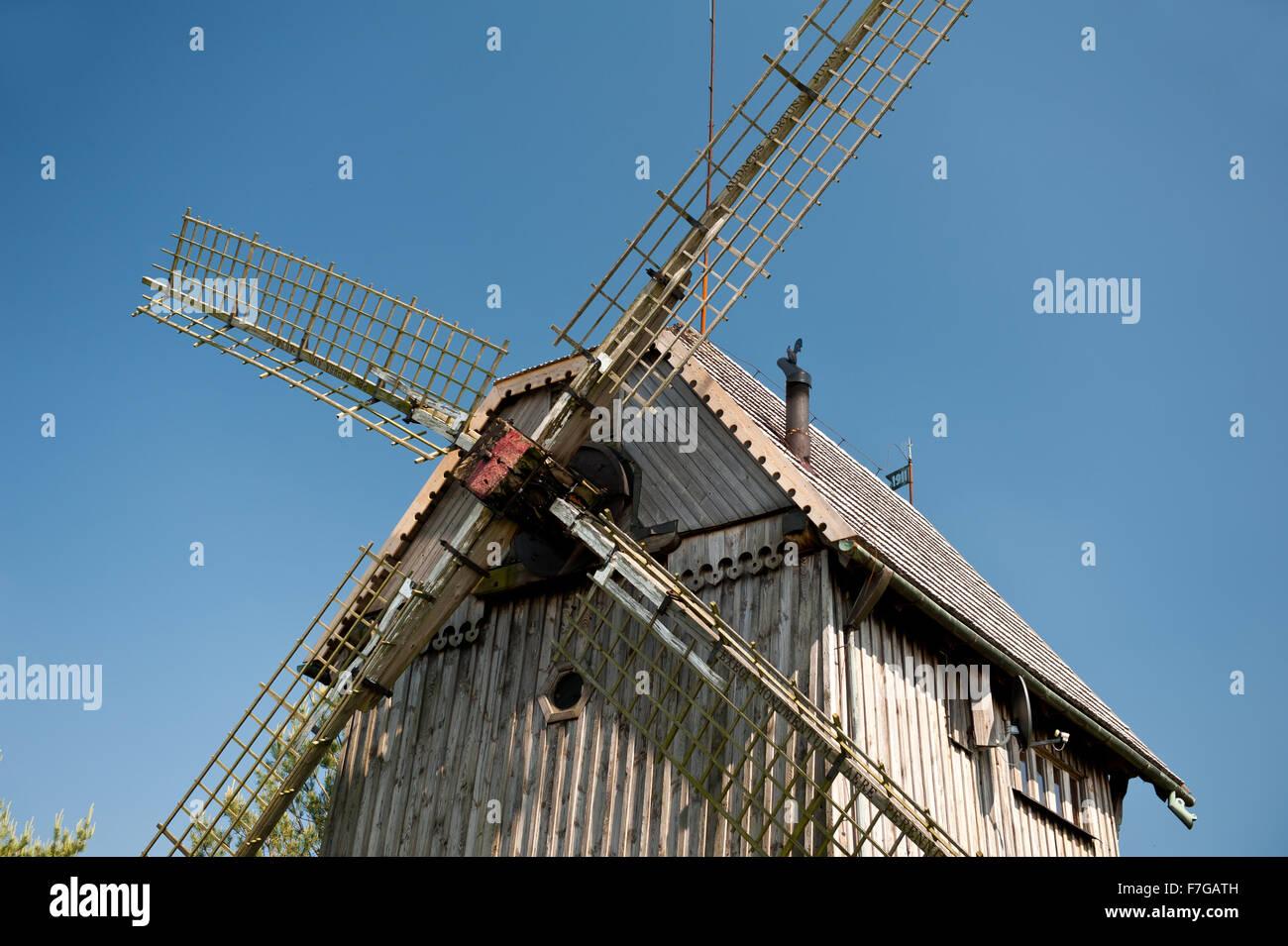 Wooden windmill blades detail, old building in Mecmierz, Poland, Polish name drewniany wiatrak Kozlak, Wiatrak Trzech - Stock Image