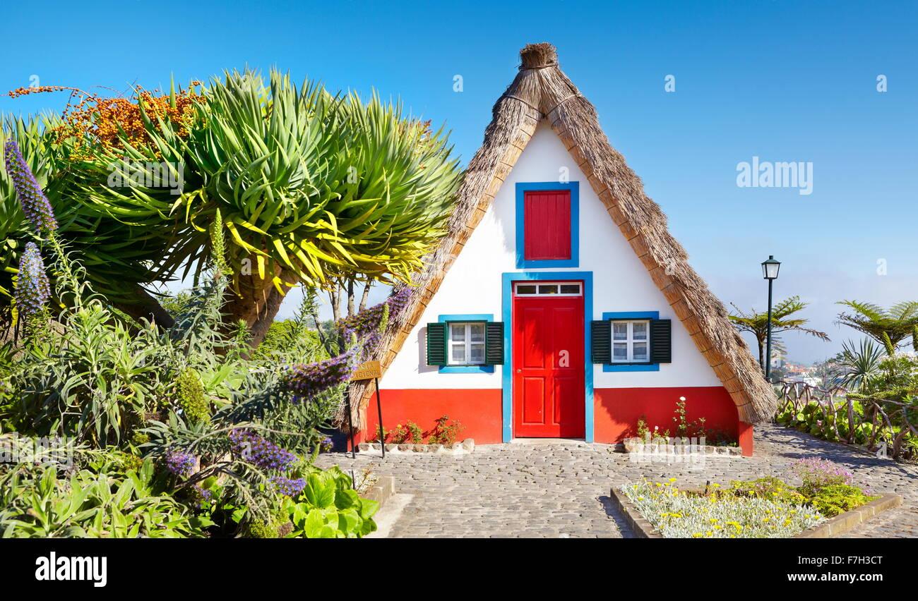 Santana Traditional home palheiros - Santana, Madeira, Portugal Stock Photo