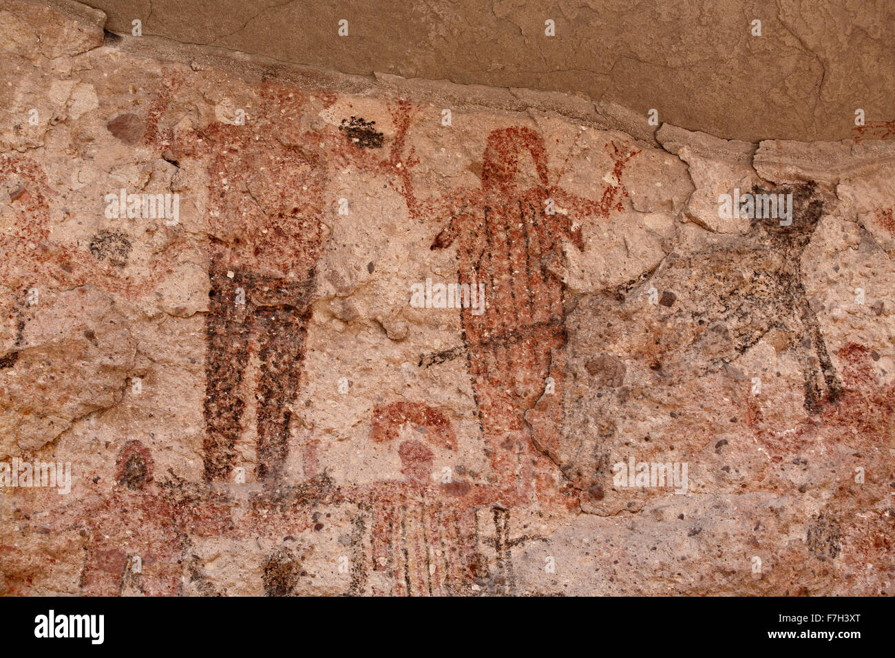 pr5398-D. petroglyphs and rock paintings of Santa Marta, which depict people, animals (deer, rabbits, fish, more). - Stock Image