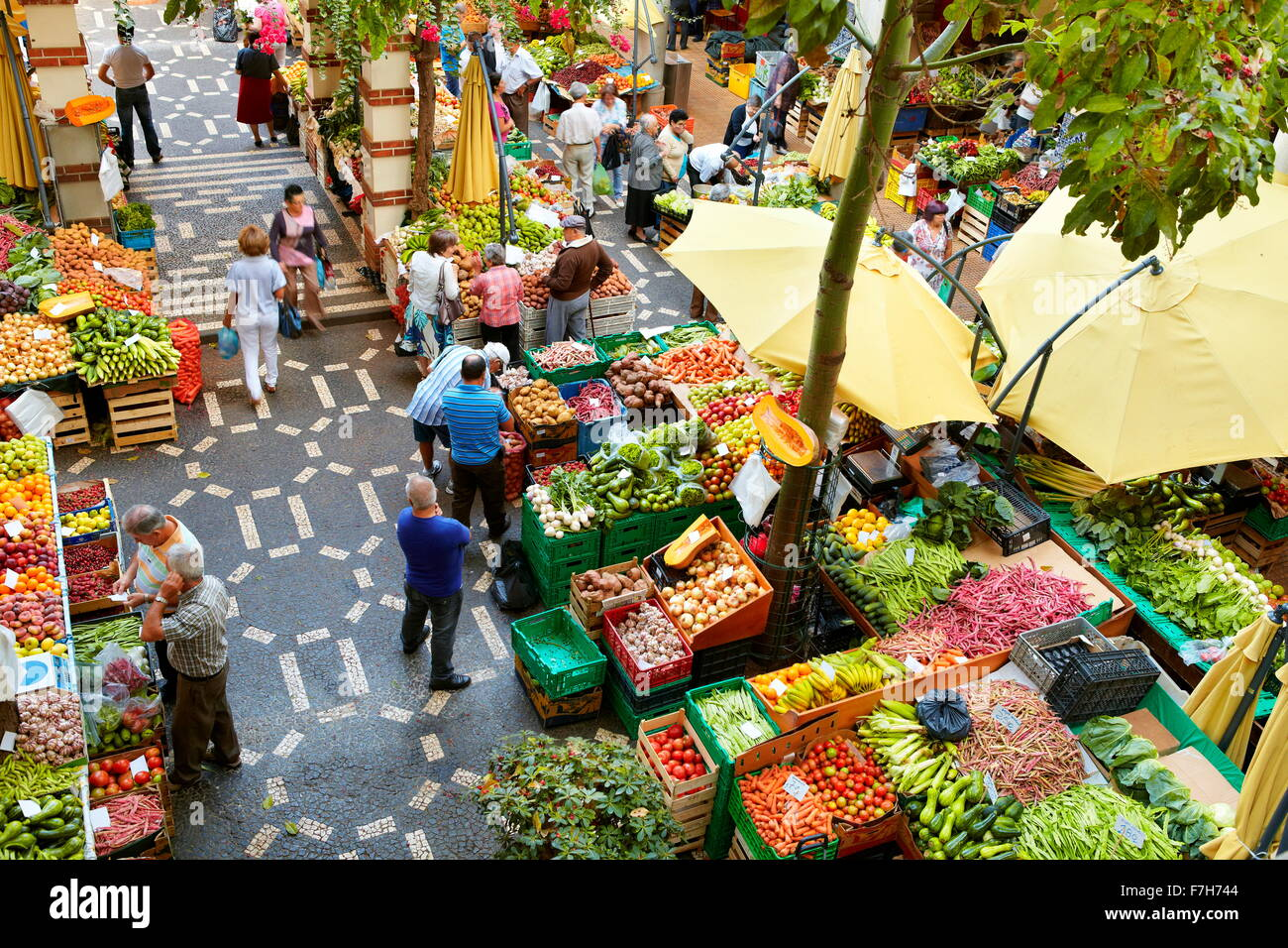Mercado dos lavradores, fresh fruit and vegetables in the Funchal market, Madeira Island, Portugal Stock Photo
