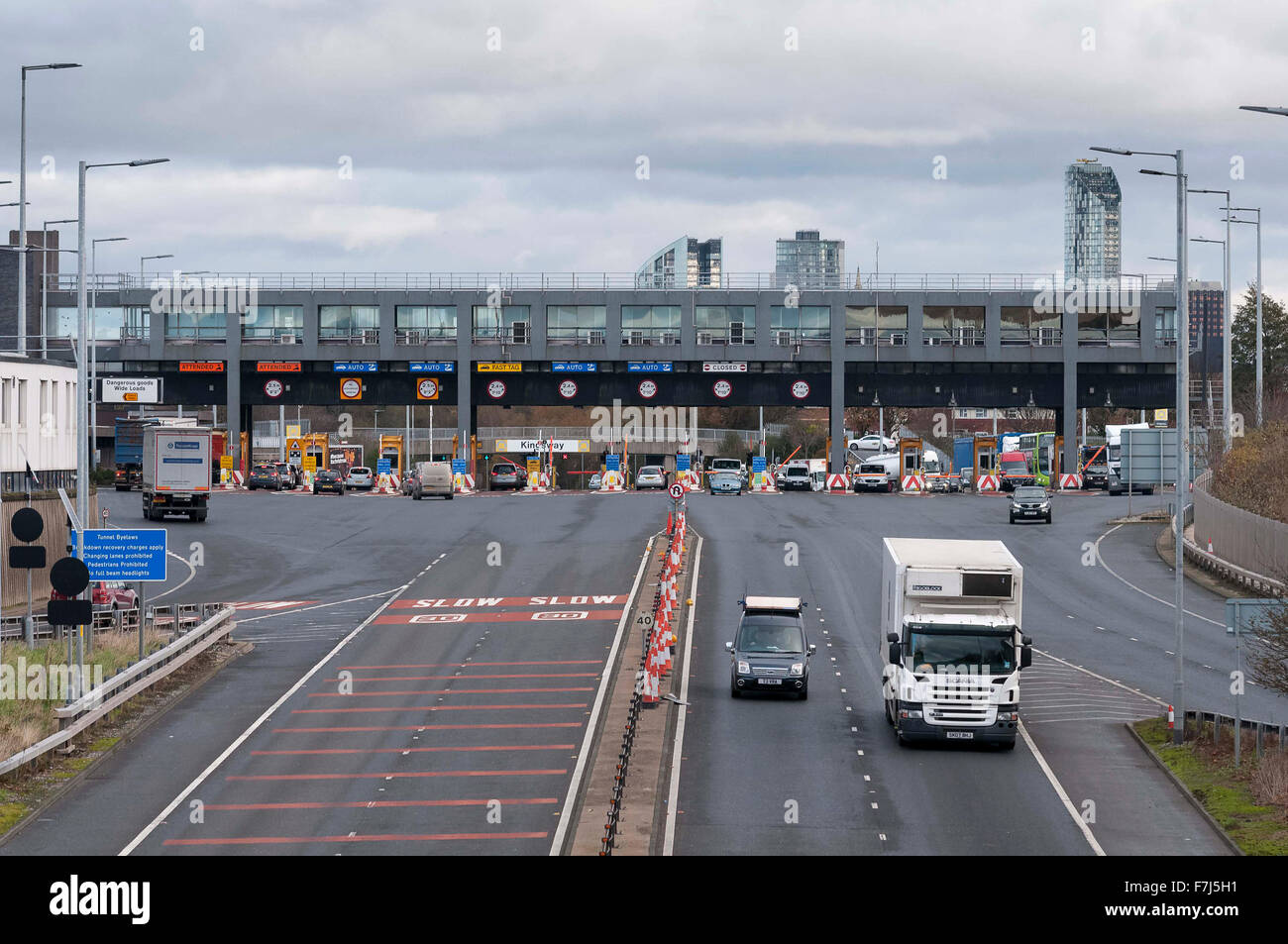 The toll booths on the Kingsway tunnel under the river Mersey at Wallasey. - Stock Image