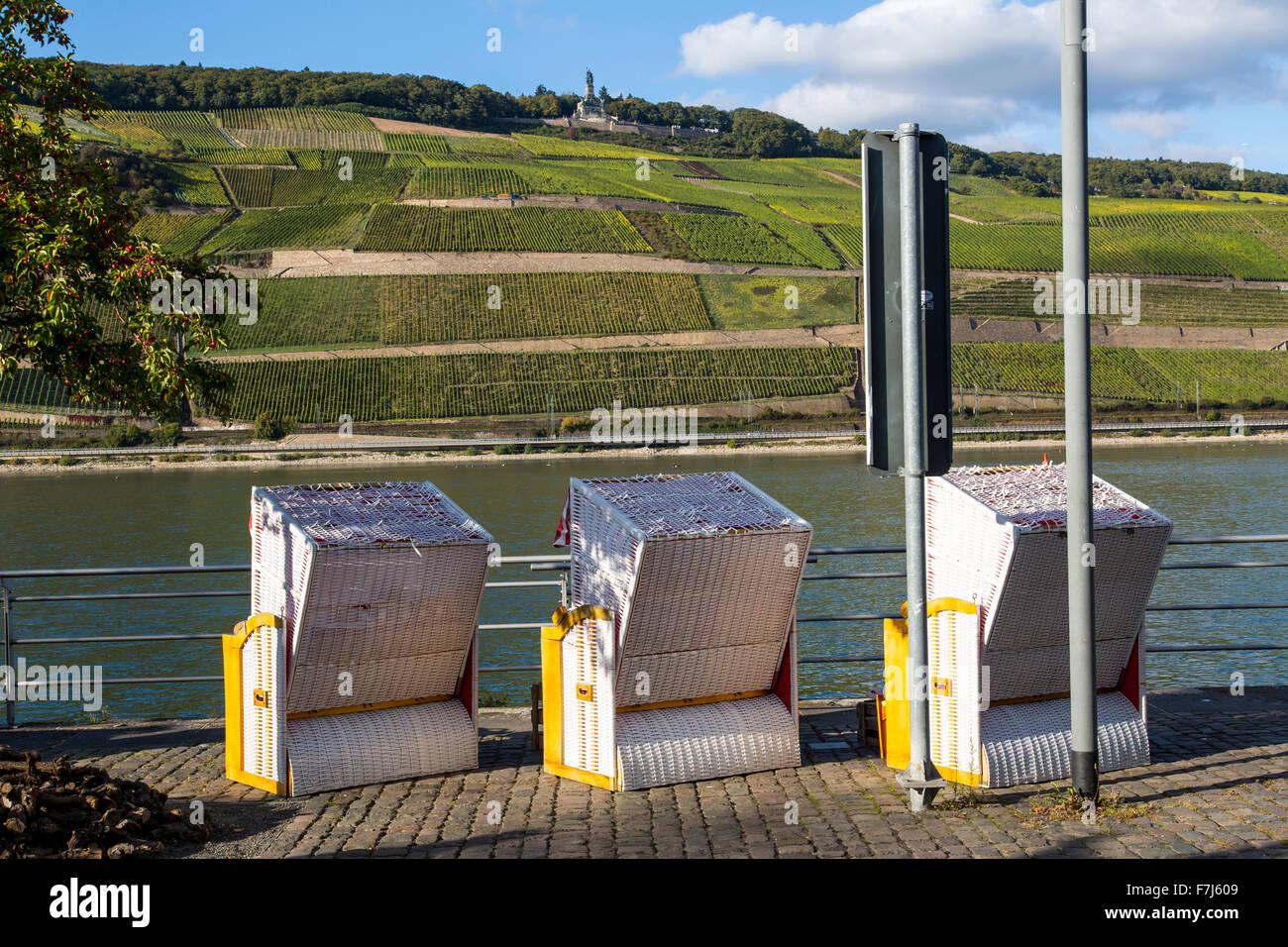 City of Bingen, upper middle Rhine valley, Germany, rive Rhine promenade, - Stock Image