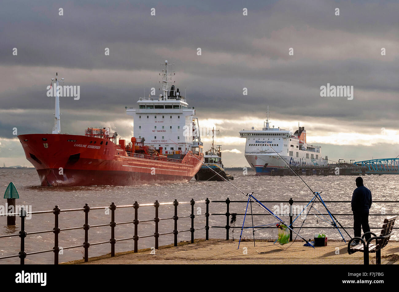 The oil and chemical tanker ship the Caroline Essberger from Holland in the river Mersey at at Twelve Keys landing - Stock Image
