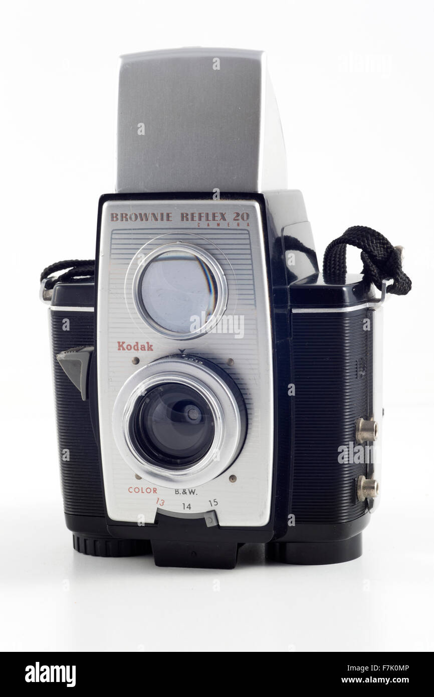 Kodak Brownie Reflex 20 Camera. Made between 1959 and 1966. Has a Meniscus f/11 lens. Assembled in the UK between - Stock Image