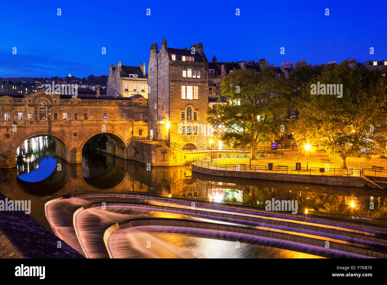 Bath Weir and Pulteney Bridge, Avon, Somerset, England, U.K. - Stock Image