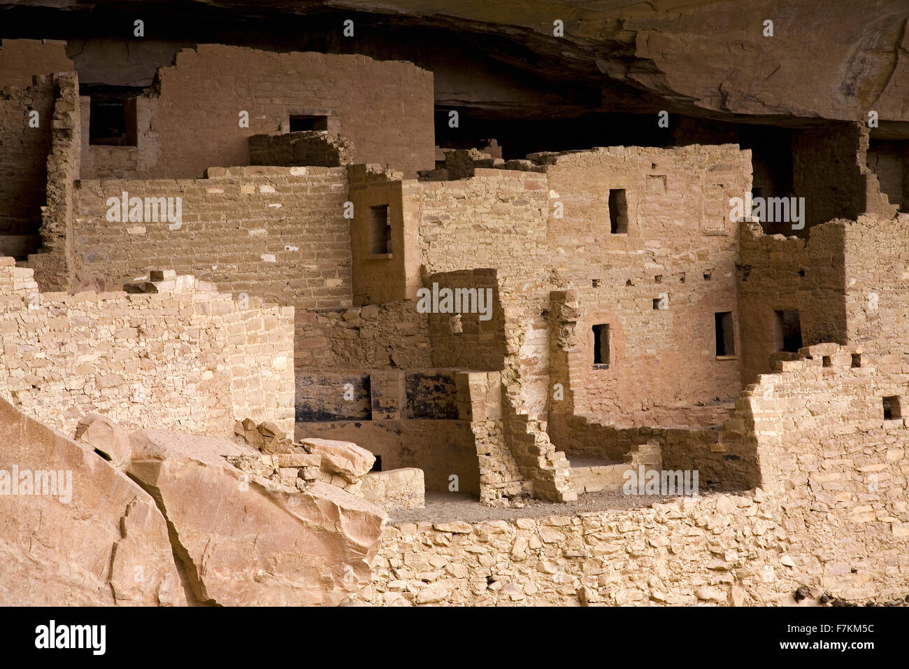 Cliff Palace cliff dwelling Indian ruin, the largest in North America, Mesa Verde National Park, Southwestern Colorado - Stock Image