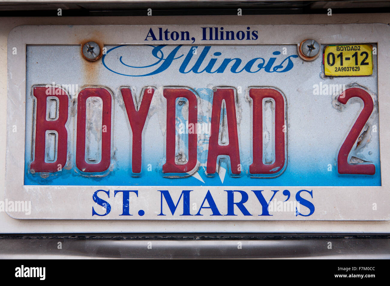 Illinois license plate reads BOYDAD2 - Stock Image & Illinois License Plate Stock Photos u0026 Illinois License Plate Stock ...