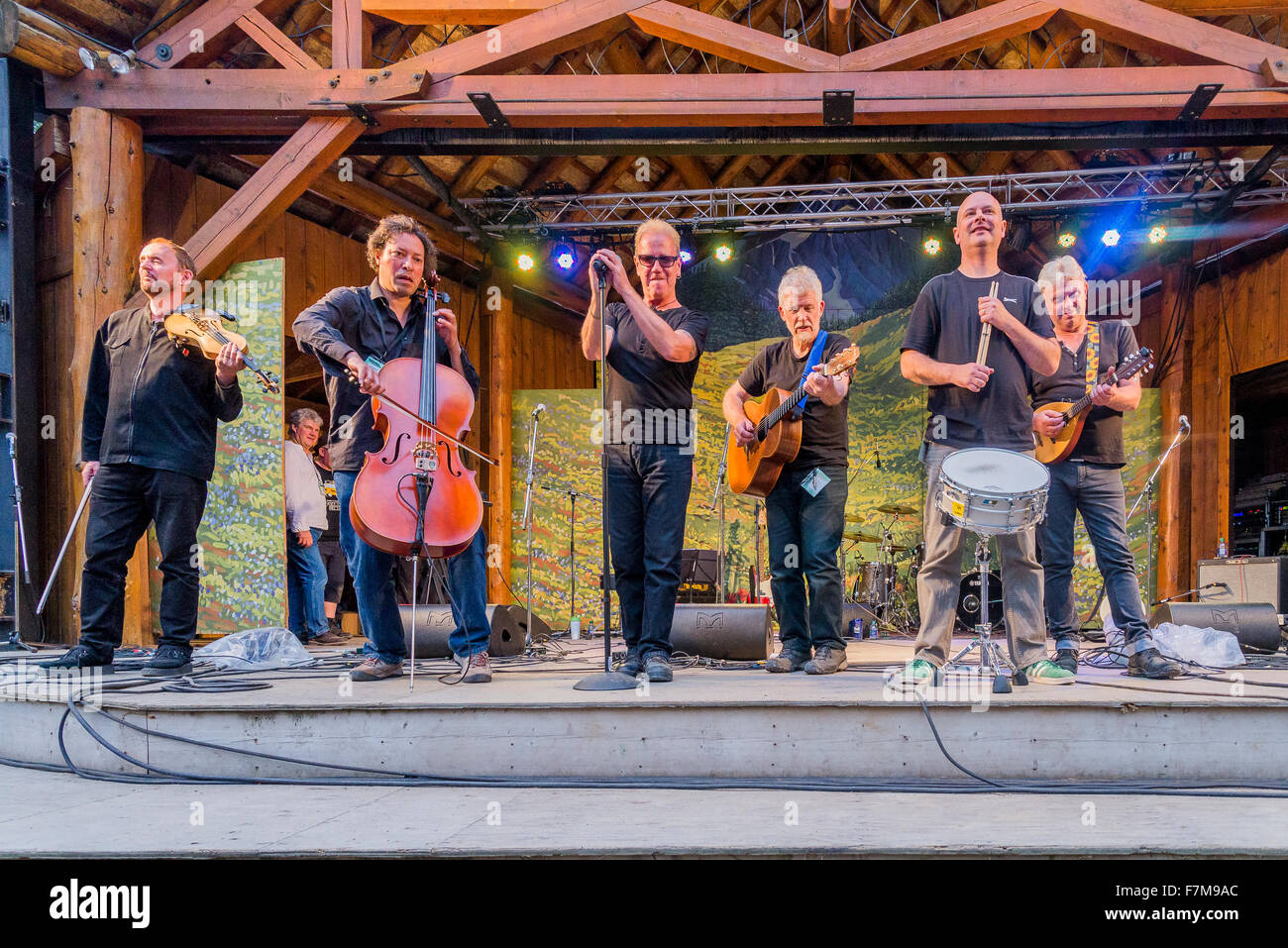 Oysterband, main stage, Canmore Folk Music Festival, Canmore, Alberta, Canada - Stock Image