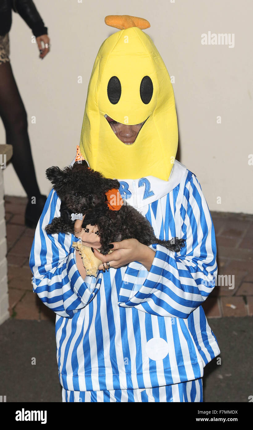 u0027X Factoru0027 judges and contestants leave the Fountain Studios after the first live show u0027 & Bananas In Pajamas Stock Photos u0026 Bananas In Pajamas Stock Images ...