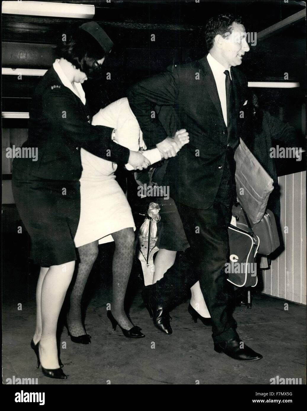 1958 Baby Killing Woman Arrives From Sydney 23 Year Old Mrs Pamela Lois Lord Arrived At London Airport Under Police Escort From Sydney