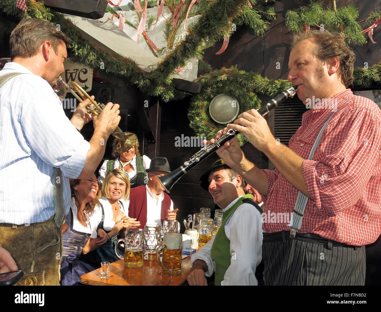 Garden Scenes at Munich Oktoberfest Beer Festival - Stock Image