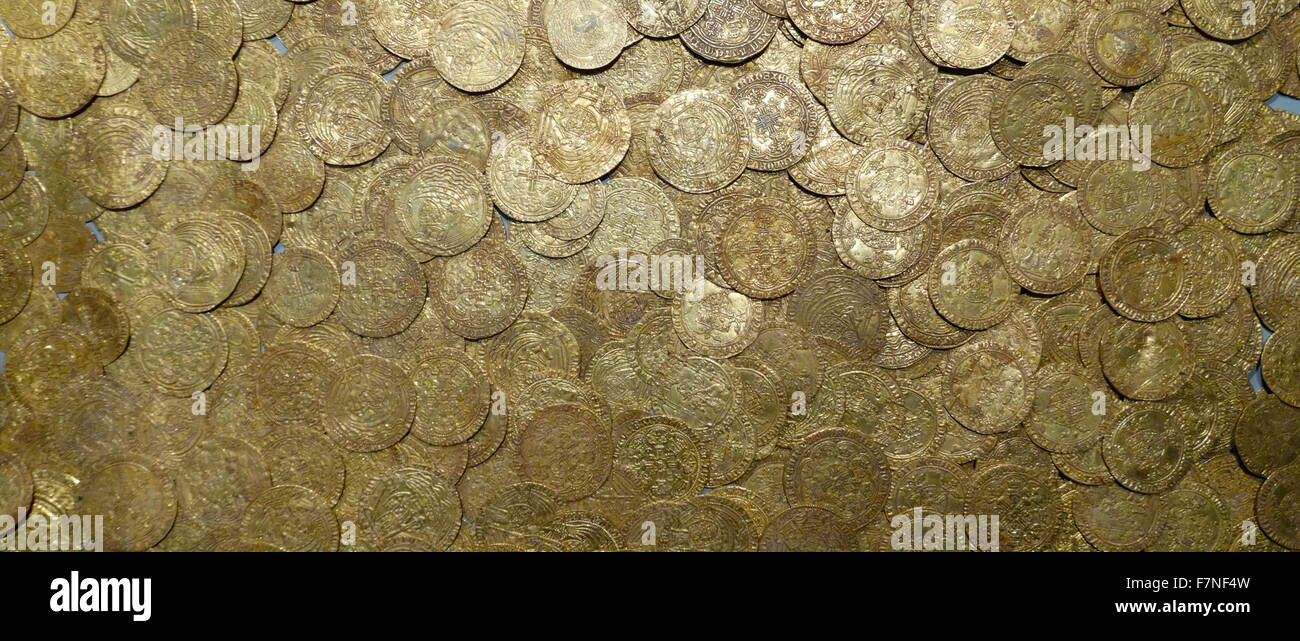Spanish Gold Coins Stock Photos & Spanish Gold Coins Stock
