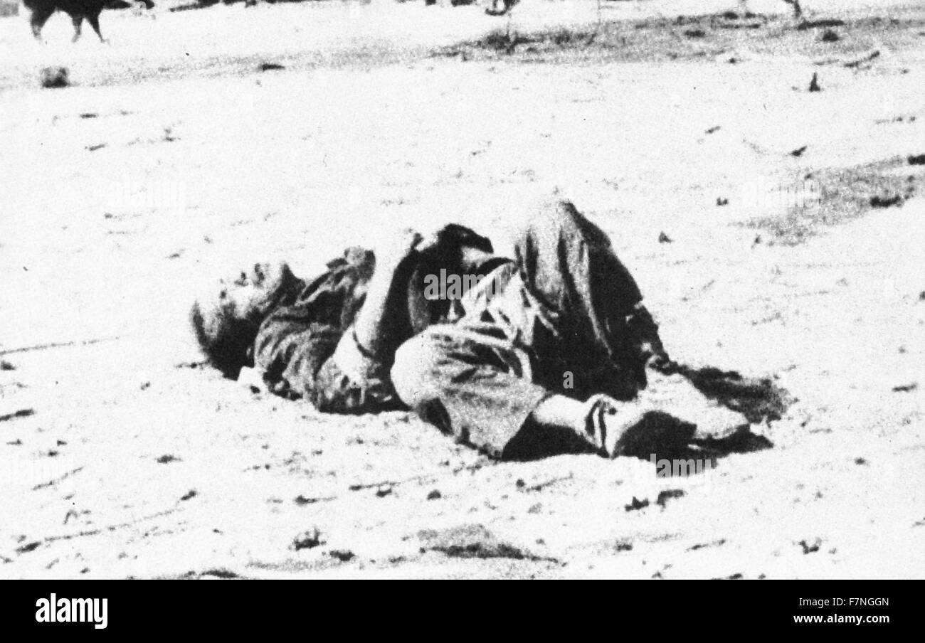 Photograph of a deceased Chinese civilian after an attack by the Japanese Imperial Army, Dated 1943 - Stock Image