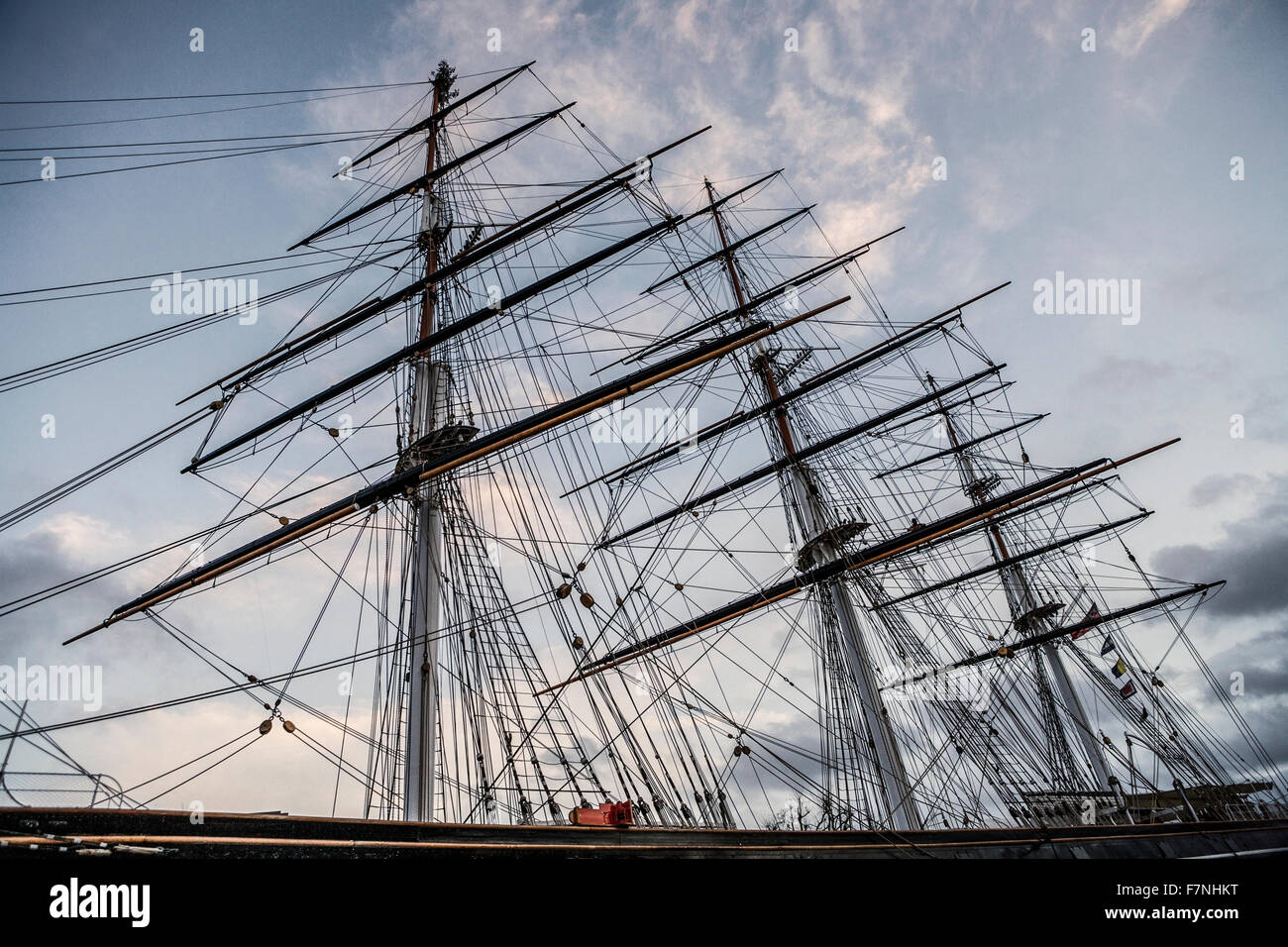 Cutty Sark, Greenwich, London, England, UK. The ships masts and rigging. - Stock Image