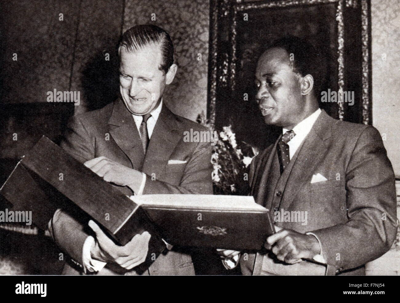 Prince Phillip (Duke of Edinburgh) with President Kwame Nkrumah of Ghana in London 1960 - Stock Image
