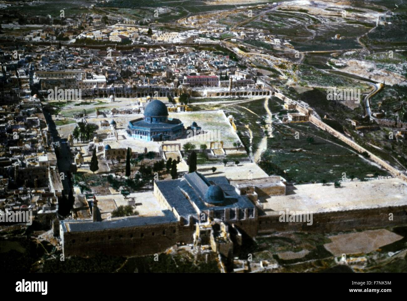 Jerusalem; Temple mount with Mosque of omar, colour photograph circa 1920 - Stock Image