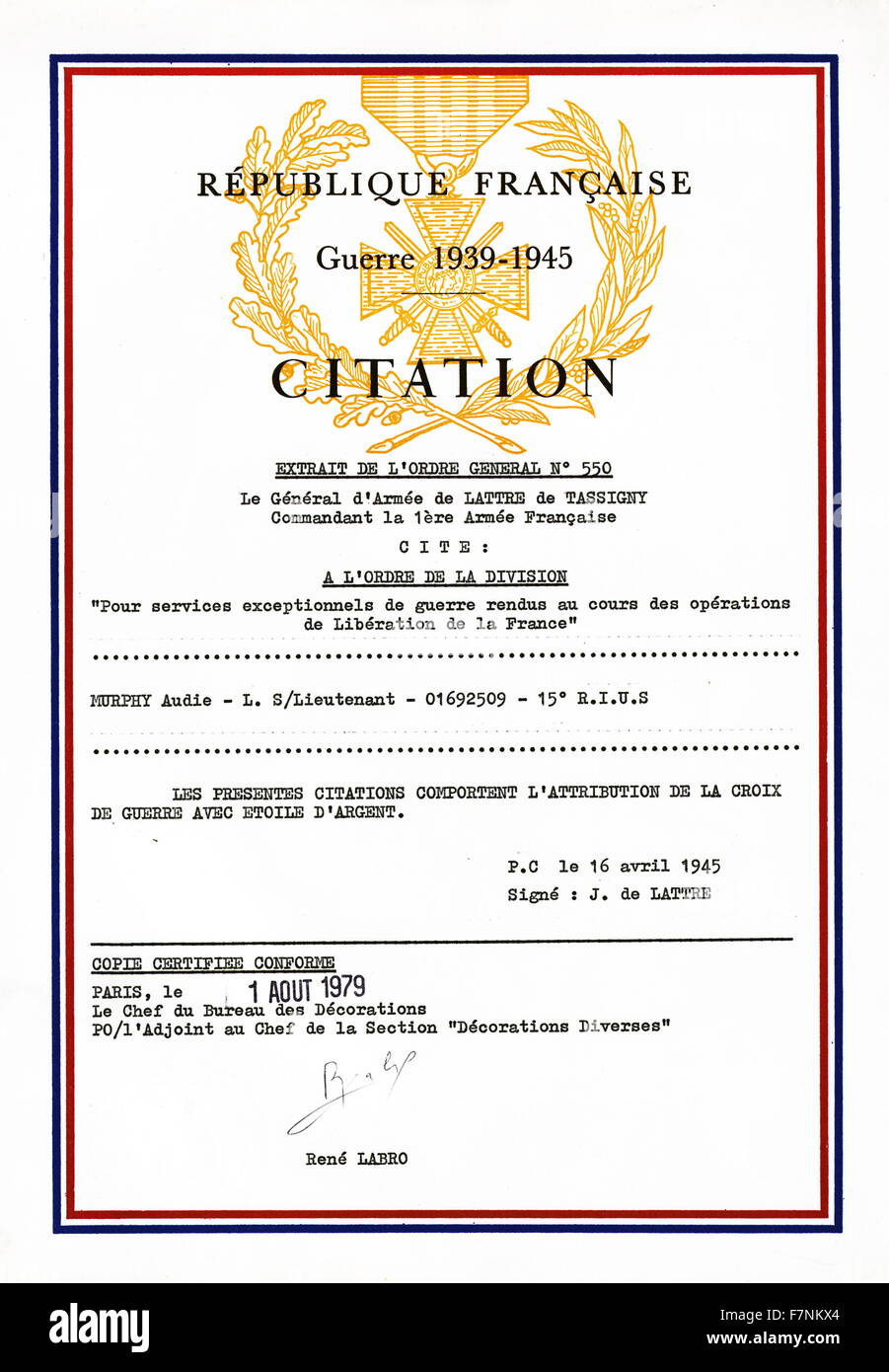 Certificate confirming the award to Audie Murphy by France, of the Croix de guerre with Silver Star Medal 1945. - Stock Image