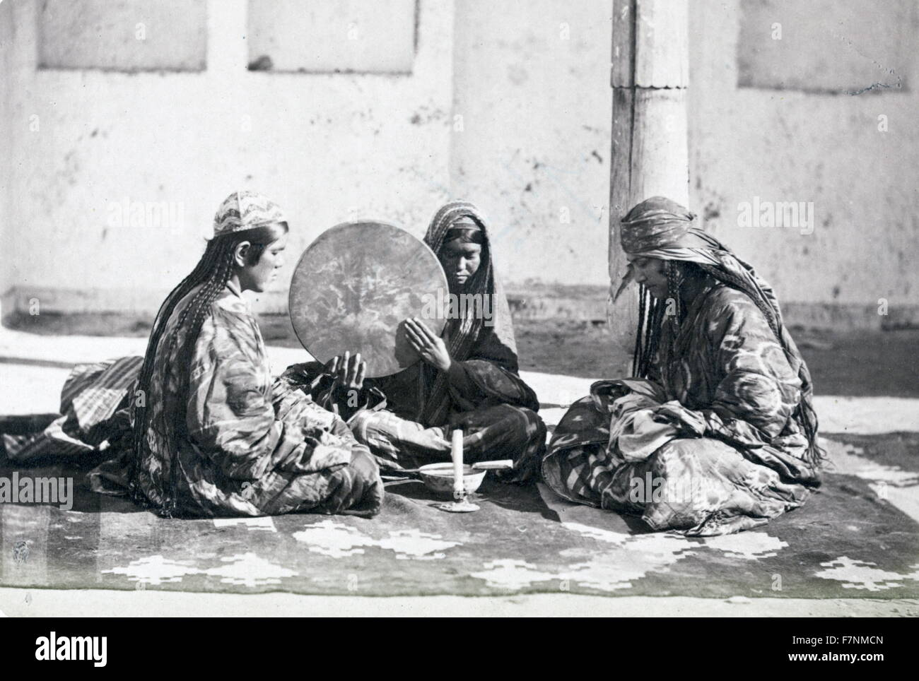 Tajik women 1900. Russian Imperialism led to the Russian Empire's conquest of Central Asia during the late 19th - Stock Image